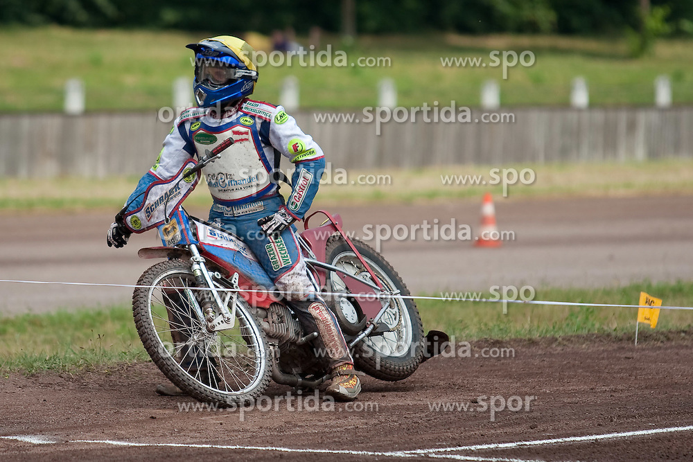04.07.2010, Waldstadion, Herxheim, GER, Speedway U19 EM, im Bild von links Lukas Simon (AUT), EXPA Pictures © 2010, PhotoCredit: EXPA/ A. Neis / SPORTIDA PHOTO AGENCY