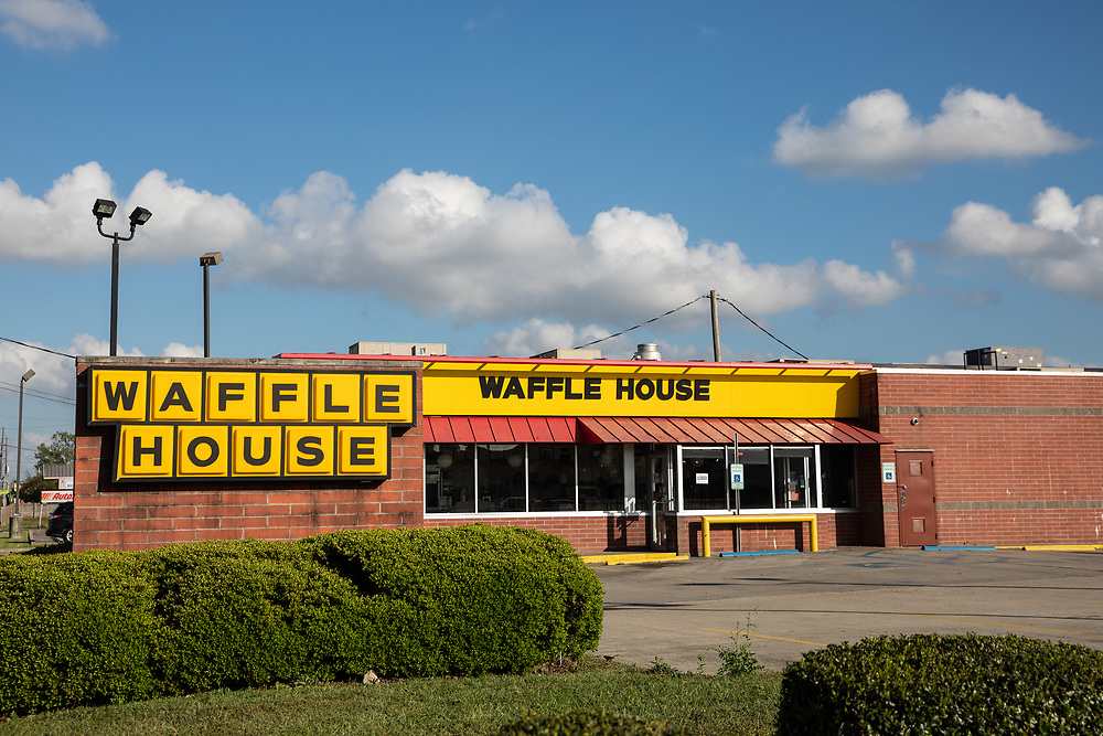 waffle house  in Arabi on St. Claude closed temporarily ue to the coronavirus pandemic.