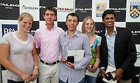 EEMNES 22-07-2010 De vijf categoriewinnaars met in het midden over-all winnaar Philip Bootsma. Faldo serie op Golfclub de Goyer. COPYRIGHT KOEN SUYK