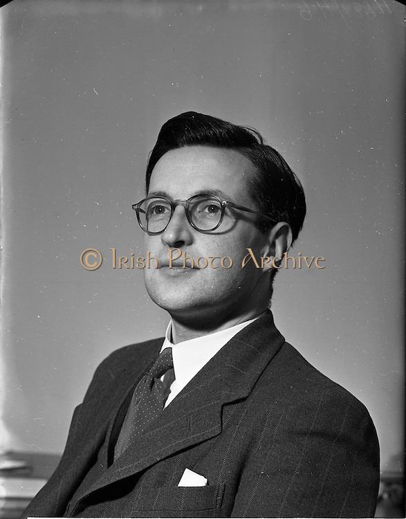10/12/1952<br /> 12/10/1952<br /> 10 December 1952<br /> Portrait of Eoin O'Cionnaoith, B.E., M.I.C.E.I., Engineer and Irish Author.