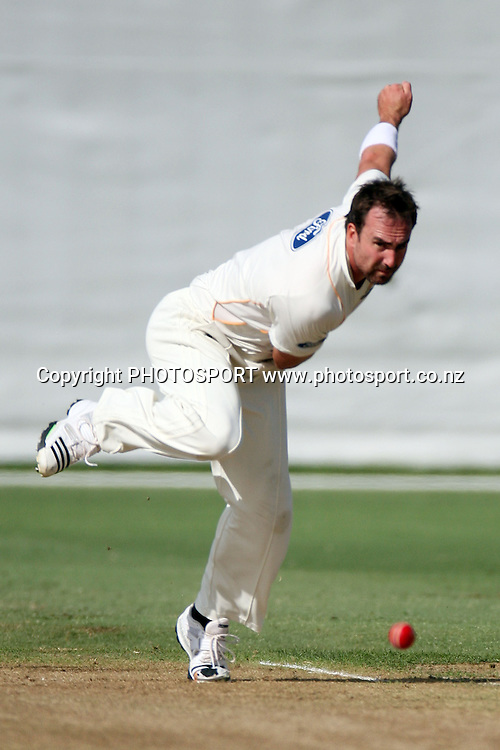 Mark Gillespie bowling, Plunket Shield, 4 day domestic cricket. Auckland Aces v Wellington Firebirds, Colin Maiden Park, Auckland. 23 March 2011. Photo: William Booth/photosport.co.nz