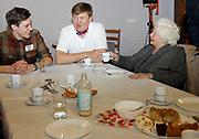 Zijne Majesteit Koning Willem-Alexander, Hare Majesteit Koningin M&aacute;xima hebben zaterdag 10 maart deelgenomen aan NLdoet van het Oranje Fonds. Het is de 14e keer dat het Oranje Fonds de grootste vrijwilligersactie van Nederland organiseert. Koning Willem-Alexander, Koningin M&aacute;xima hebben in &rsquo;t Hofland in Pijnacker samen met vrijwilligers een lunch verzorgd voor ouderen en oudhollandse spelletjes met hen gespeeld.<br /> <br /> His Majesty King Willem-Alexander, Her Majesty Queen M&aacute;xima took part in NLdoet of the Oranje Fonds on Saturday 10 March. It is the 14th time that the Oranje Fonds organizes the largest volunteer action in the Netherlands. King Willem-Alexander, Queen M&aacute;xima in 't Hofland in Pijnacker, together with volunteers, provided lunch for the elderly and played Old Dutch games with them.