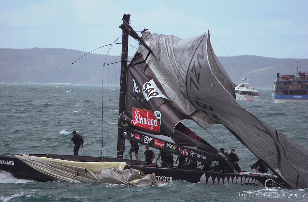 Seconds after NZL82's mast snaps on leg three of race four of the America's Cup 2003. 28/2/2003 (© Chris Cameron 2003)