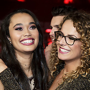 NLD/Hilversum/20141121- 2de Live The Voice of Holland, Romy Monteiro en Kelly Cossee