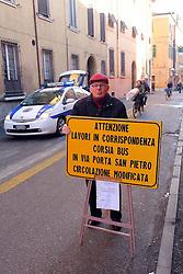 PROTESTA TRANSENNE CARLO MAYR: SIGNOR QUERZOLI