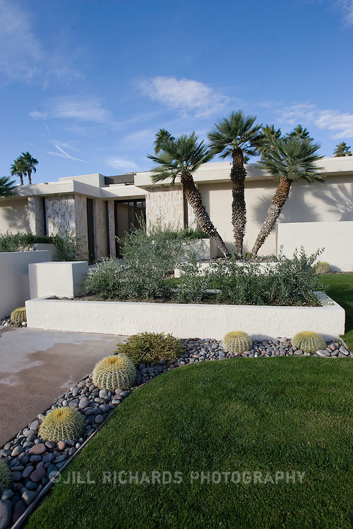 Palm Springs, CA is known for its mid-century modern architecture and examples of it are found throughout the city's neighborhoods. This private residence was designed by architect Stan Sackley. Several of Sackley's designed homes are located in Canyon Country Club neighborhood.  .