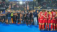 BHUBANESWAR, INDIA -  Teleurstelling bij Oranje na de verloren shoot outs na  de  finale tussen België en Nederland (0-0)  bij het WK Hockey heren in het Kalinga Stadion. Belgie wint de shoot outs  en viert feest .  COPYRIGHT KOEN SUYK
