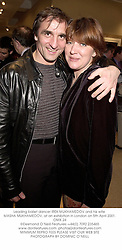 Leading ballet dancer IREK MUKHAMEDOV and his wife MASHA MUKHAMEDOV, at an exhibition in London on 5th April 2001.OMX 24