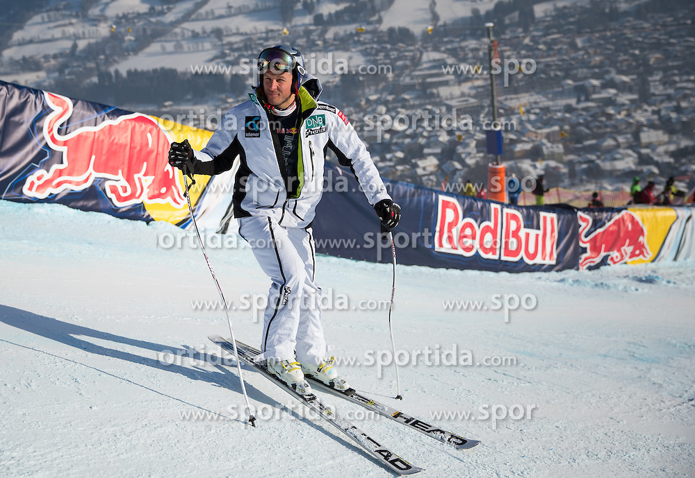 26.01.2013, Streif, Kitzbuehel, AUT, FIS Weltcup Ski Alpin, Abfahrt, Herren, Streckenbesichtigung, im Bild Aksel Lund Svindal (NOR) // Aksel Lund Svindal of Norway at the Course inspection during mens Downhill of the FIS Ski Alpine World Cup at the Streif course, Kitzbuehel, Austria on 2013/01/26. EXPA Pictures © 2013, PhotoCredit: EXPA/ Johann Groder