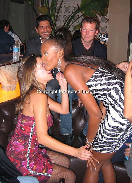 Ana Paula Cardozo &amp; Naomi Campbell<br />