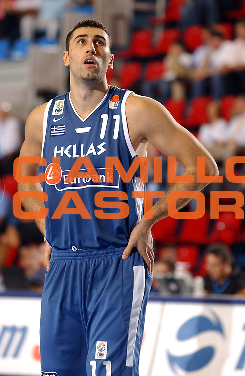 DESCRIZIONE : Belgrado Eurobasket Men 2005 Francia-Grecia<br /> GIOCATORE : Ntikoudis<br /> SQUADRA : Grecia Greece<br /> EVENTO : Eurobasket Men 2005 Campionati Europei Uomini 2005<br /> GARA : Francia Grecia France Greece<br /> DATA : 16/09/2005<br /> CATEGORIA :<br /> SPORT : Pallacanestro<br /> AUTORE : Ciamillo&amp;Castoria/Fiba Europe Pool