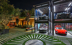 EXCLUSIVE: Jeff Bezos and Lauren Sanchez reportedly secretly inspected a $88m love nest in Bel Air. 06 Mar 2019 Pictured: Jeff Bezos & Lauren Sanchez secretly inspect $88 million Bel Air love nest. Photo credit: MEGA TheMegaAgency.com +1 888 505 6342
