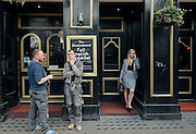 London, Victoria station, sheakspeare pub
