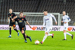 12.03.2020, Stadion der Stadt Linz, Linz, AUT, UEFA EL, LASK vs Manchester United, Achtelfinale, im Bild v.l. Juan Mata (Manchester United), Peter Michorl (LASK), Gernot Trauner (LASK Linz) // during the UEFA Europa League round of last 16 match between LASK and Manchester United at the Stadion der Stadt Linz in Linz, Austria on 2020/03/12. EXPA Pictures © 2020, PhotoCredit: EXPA/ Reinhard Eisenbauer