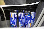 Energierepen in de fiets van Jan van Steeg voor de 24-uursrace. In Duitsland worden op de Dekrabaan bij Schipkau recordpogingen gedaan met speciale ligfietsen tijdens een speciaal recordweekend.<br /> <br /> Energy bars in the bike of Jan van Steeg for the 24-hours race. In Germany at the Dekra track near Schipkau cyclists try to set new speed records with special recumbents bikes at a special record weekend.