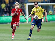 FODBOLD: Jens Odgaard (Lyngby BK) og Benedikt Röcker (Brøndby IF) jagter bolden under kampen i ALKA Superligaen mellem Brøndby IF og Lyngby Boldklub den 18. maj 2017 på Brøndby Stadion. Foto: Claus Birch