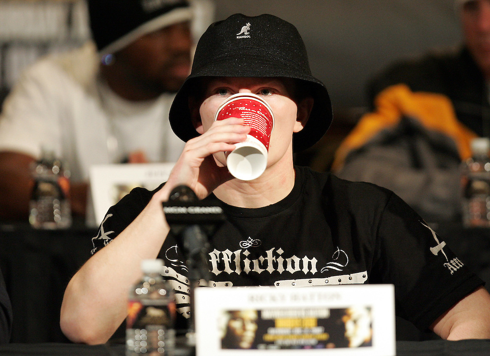 Ricky Hatton enjoys a Starbucks coffee. Ricky Hatton v Floyd Mayweather, Las Vegas, Nevada.