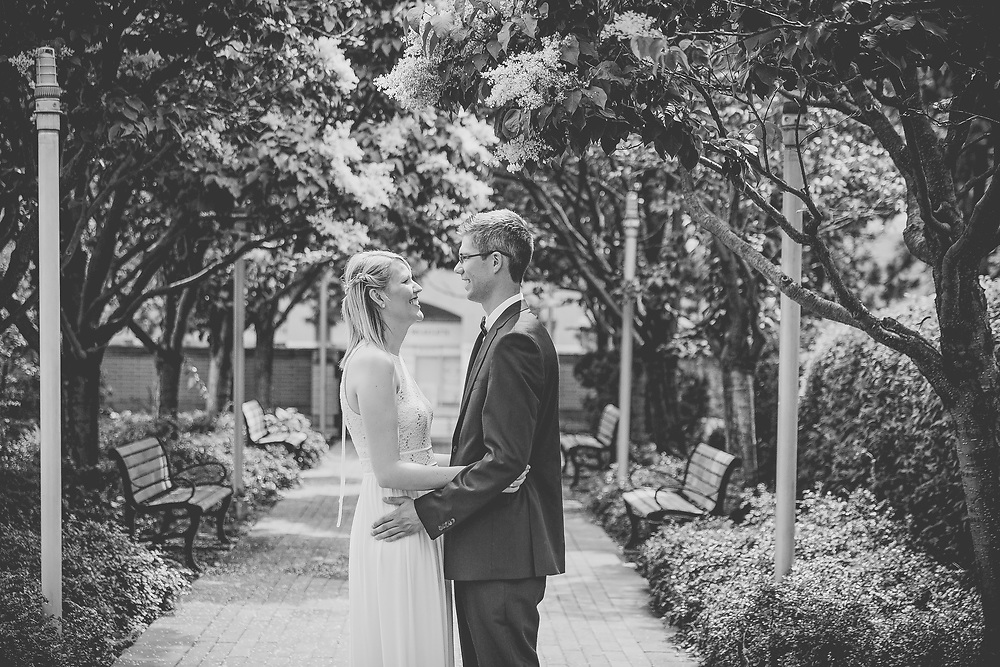 Danielle & Mike's Mississauga City Hall Wedding