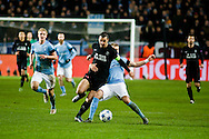 25.11.2015. Malm&ouml;, Sweden. <br /> Zlatan Ibrahimovic (L) of Paris fights for the ball with Rasmus Bengtsson (R) of Malm&ouml; FF during the UEFA Champions League match at the Malm&ouml; New Stadium.<br /> Photo: &copy; Ricardo Ramirez.