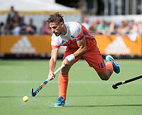WAALWIJK -  RABO SUPER SERIE. Bjorn Kellerman (Ned) tijdens  de hockeyinterland heren  Nederland-India,  ter voorbereiding van het EK,  dat vrijdag 18/8 begint.  COPYRIGHT KOEN SUYK