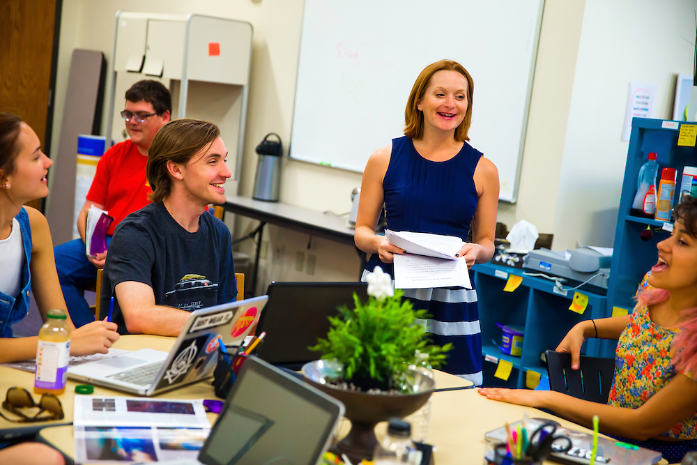 SARASOTA, FLORIDA - March 6, 2015 -- New College of Florida students attend writing and tutoring classes on campus.  (PHOTO / Chip Litherland for New College of Florida)