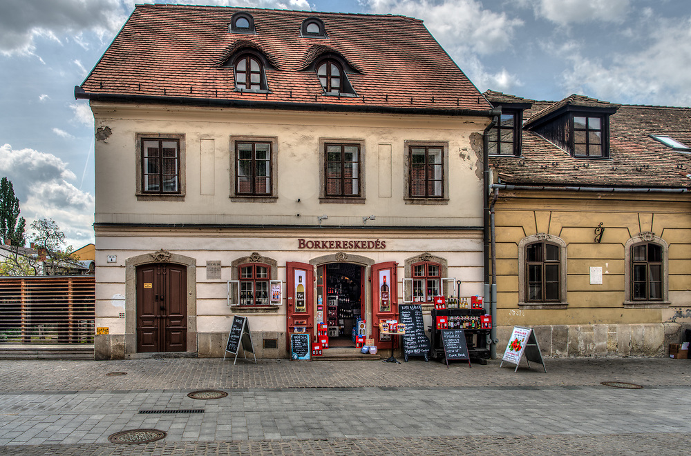 Wineshop in Eger