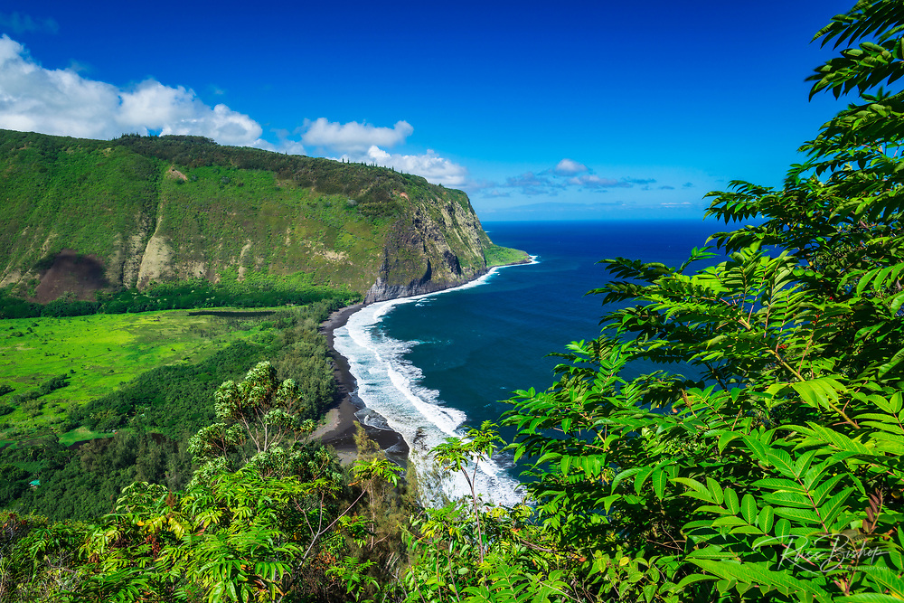 Waipio Valley, Hamakua Coast, The Big Island, Hawaii USA