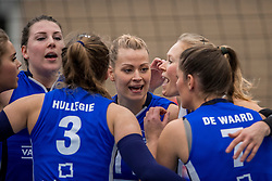 10-12-2016 NED: VC Sneek - Sliedrecht Sport, Sneek<br /> Sneek wint met 3-0 van Sliedrecht Sport / Lynn Thijssen #8 of Sliedrecht Sport, Inge Molendijk #11 of Sliedrecht Sport
