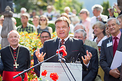 23.08.2015, Alpbach, AUT, Forum Alpbach 2015, Tiroltag, feierliche Eröffnung, im Bild Tirols Landeshauptmann Günther Platter (ÖVP) // Günther Platter (Governor of the Province of Tyrol) during the opening Ceremony of 2015 European Forum Alpbach in Alpbach, Austria on 2015/08/23. EXPA Pictures © 2015, PhotoCredit: EXPA/ Johann Groder