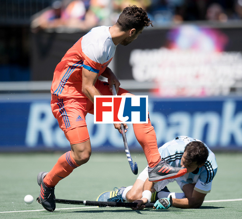 BREDA - Rabobank Hockey Champions Trophy<br /> 3rd/4th place The Netherlands - Argentina<br /> Photo: Valentin Verga.<br /> COPYRIGHT WORLDSPORTPICS FRANK UIJLENBROEK