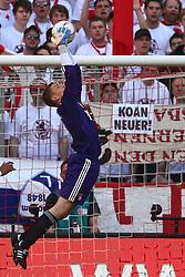 02.04.2011, Allianz Arena, Muenchen, GER, 1.FBL, FC Bayern Muenchen vs Borussia Moenchengladbach , im Bild Thomas Kraft (Bayern #35)  , EXPA Pictures © 2011, PhotoCredit: EXPA/ nph/  Straubmeier       ****** out of GER / SWE / CRO  / BEL ******