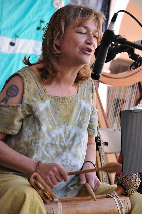 Lilla Louma concert at 2011 Tucson Folk Festival. Event photography by Martha Retallick.