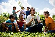 Piranema_RJ, Brasil...Projeto Plantando o Futuro em Piranema. O projeto alem de outras atuacoes, cultiva mudas em geral e ensina educacao ambiental a criancas da regiao...The Plantando  o Futuro project in Piranema. The project  cultivate plants in general and teaches environmental education to children in the region...Foto: BRUNO MAGALHAES / NITRO