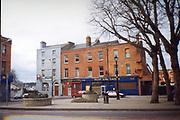 Old Dublin Amature Photos 1999 WITH, west end tavern