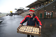 Plumpton, UK. 12th December 2016. <br /> Mince Pies are handed out to racegoers as they arrive for todays meeting.<br /> &copy; Telephoto Images / Alamy Live News