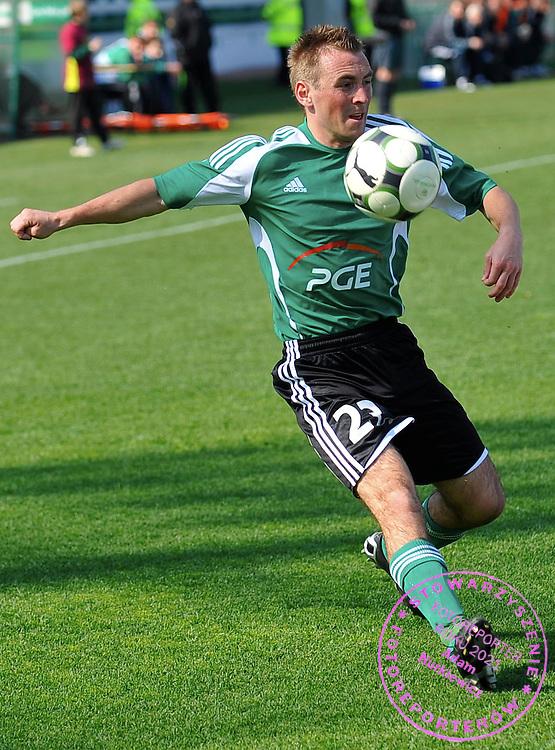 11/04/2009 Gdansk Mecz o Mistrzostwo Ekstraklasy 23 kolejka Lechia Gdansk (biale koszulki) - GKS Belchatow (koszulki zielone)  Nz Tomasz Wrobel (GKS)  Fot. Radek Potakowski   / MEDIASPORT