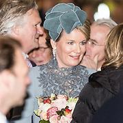 NLD/Huizen/20161130 - Staatsbezoek Belgie dag 3 - Koningin Mathilde en Koningin Maxima bezoeken Utrecht CS, Koningin Maxima Mathilde