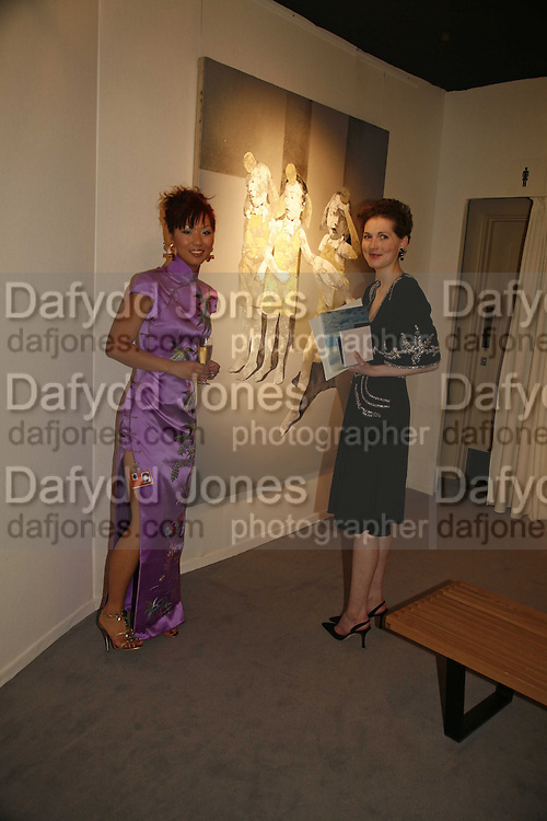 Olivia Kwok and Jane Tippett, Gala champagne reception and dinner in aid of CLIC Sargent.  Grosvenor House Art and Antiques Fair.  Grosvenor House. Park Lane. London. 15  June 2006. ONE TIME USE ONLY - DO NOT ARCHIVE  © Copyright Photograph by Dafydd Jones 66 Stockwell Park Rd. London SW9 0DA Tel 020 7733 0108 www.dafjones.com