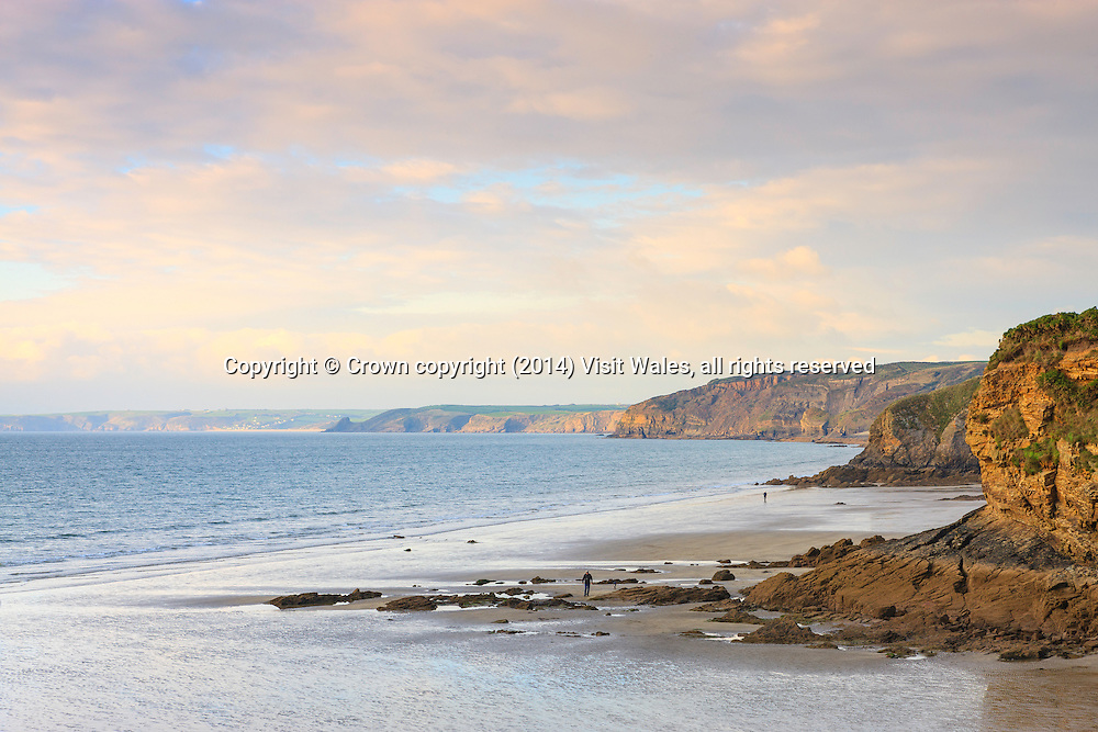 View from Little Haven, looking north up St Bride's Bay<br /> Pembrokeshire <br /> South<br /> Beaches<br /> Coastal Scenery