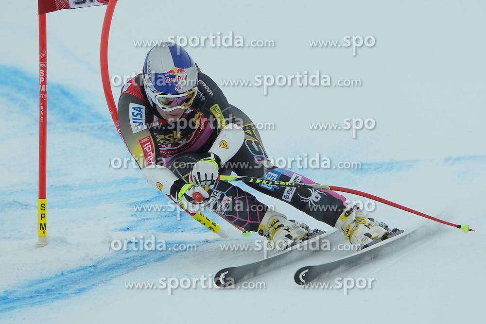 07.12.2012, Engiadina Rennstrecke, St. Moritz, SUI, FIS Ski Alpin Weltcup, Super Combination, Damen, Super G, im Bild Lindsey Vonn (USA) // during Super G of ladies Super Combined of FIS ski alpine world cup at the Engiadina course, St. Moritz, Switzerland on 2012/12/07. EXPA Pictures © 2012, PhotoCredit: EXPA/ Freshfocus/ Andreas Meier..***** ATTENTION - for AUT, SLO, CRO, SRB, BIH only *****