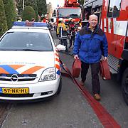 Brand Handellaan 1 Huizen, Jaap Weijermans helpt mee