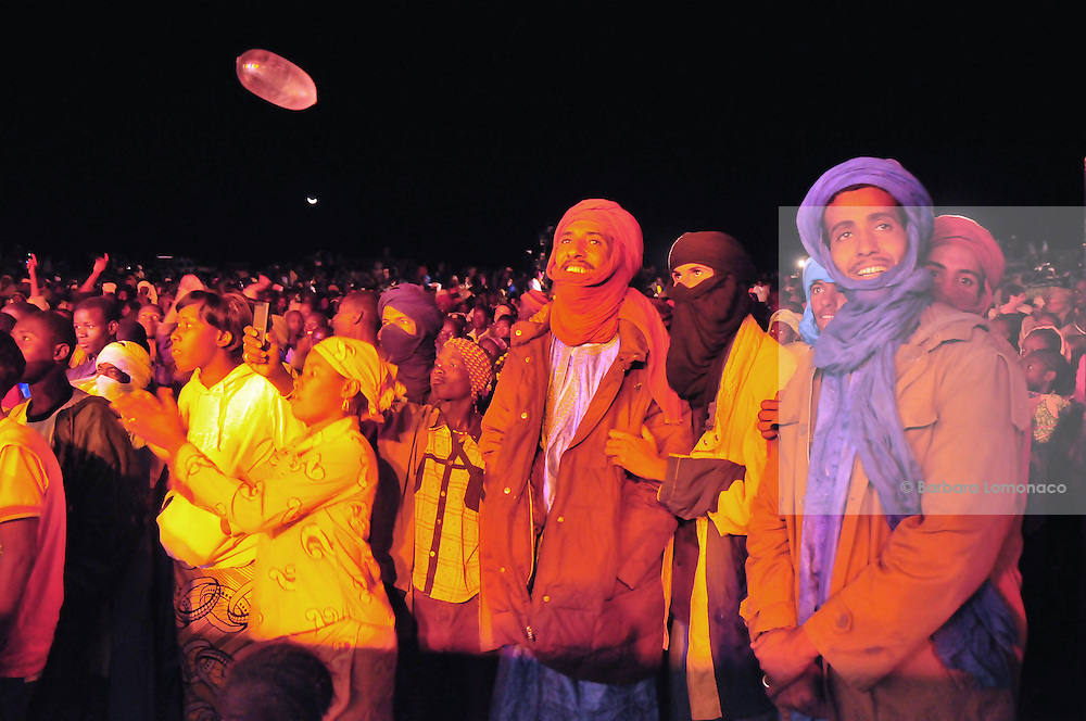 The public of the 11th edition of the Festival au Désert, Timbuktu 2011