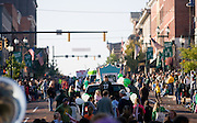 18455.Floats move south on Court Street during the Homecoming Parade on Saturday, October 13, 2007 in Athens, Ohio..Photo by Kevin Riddell