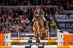 ORSCHEL Cassandra (GER), COOKIE B<br /> Neumünster - VR Classics 2020<br /> Siegerehrung<br /> Preis der BEMER Int. AG<br /> CSI3* Internationale Weltranglisten-Springprüfung<br /> mit Stechen (1,50m)<br /> 15. Februar 2020<br /> © www.sportfotos-lafrentz.de/Stefan Lafrentz