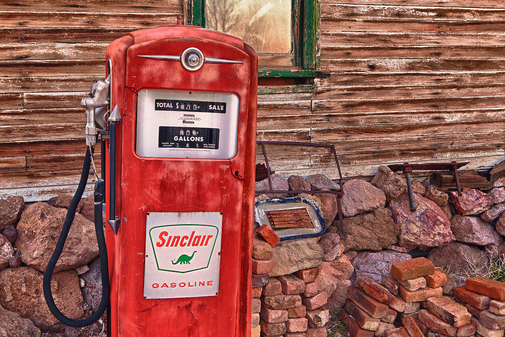Sinclair Gasoline Pump - Eldorado Canyon - Nelson NV - HDR