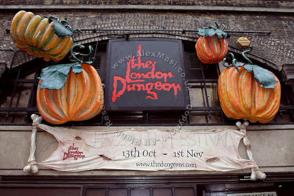 The London Dungeon, England, on Thursday, Oct. 12, 2006. The London Dungeon is a live theatre attraction where visitors are taken by the actors through different areas featuring the darkest parts of British history. Some of the more than 40 exhibits include 'The Great Fire of London', 'Jack the Ripper', 'Judgement Day', 'The Torture Chamber', 'Henry VIII', 'The Tower of London' and 'The French Revolution'. In 2003 a new part opened focused on the Great Plague of 1665.   **Italy Out**..