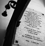 Italia, 2004, dal libro Ci resta il nome. Dongo (Como).Il 28 aprile vengono fermati in fuga per la Svizzera alcuni gerarchi fascisti tra cui Pavolini, Mezzasoma, Zerbino e fucilati contro la ringhiera del lago.Dongo (Como).On 28 April 1945, a number of Fascist leaders, including Pavolini, Mezzasoma and Zerbino, were caught trying to escape to Switzerland and were shot against the railings of the lake. arte, arts, cultura, culture, monument, monumento, sito storico, heritage site