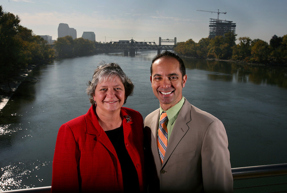 Sacramento Mayor Heather Fargo and Christopher Cabaldon, Mayor of West Sacramento stand on the intake facility on the Sacramento River with downtown Sacramento and West Sacramento on there respected sides in the background. Picture taken November 6, 2007.