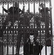Four friends at Hyde Park gates. London, Hyde Park, UK, 1980s.