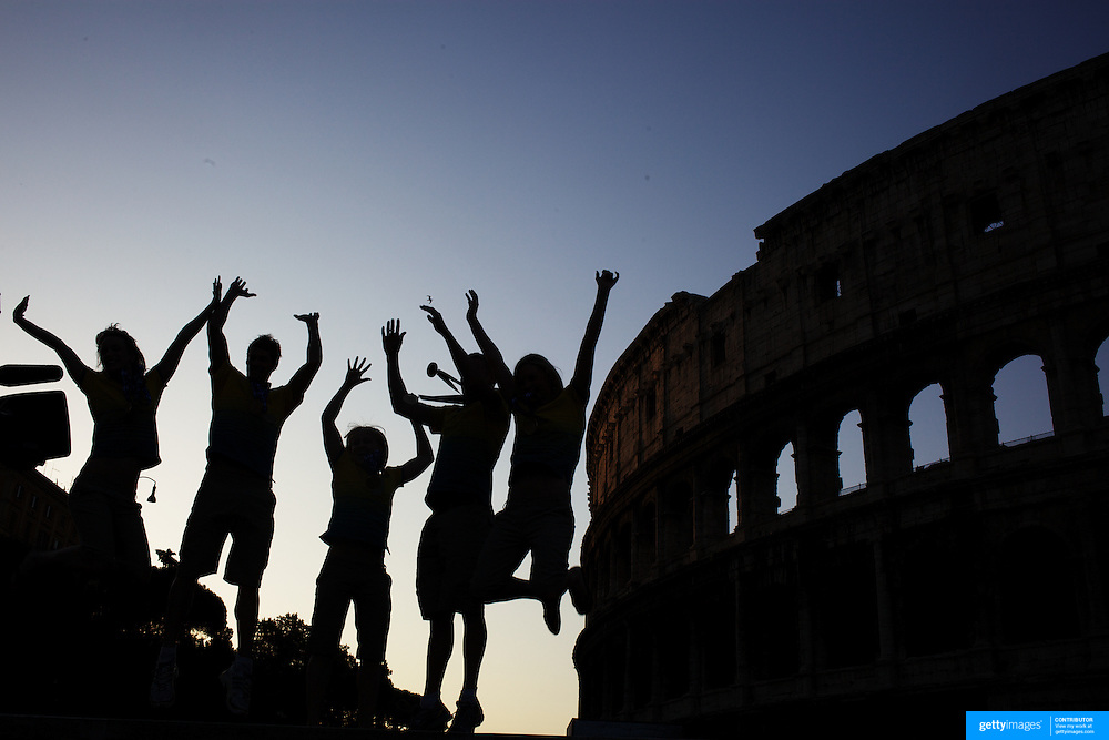 Australian medal winners during a 6am photo shoot outside the  Coloseum. Pictured from left to right are Marieke Guehrer, Christian Sprenger, Jessicah Schipper, Brenton Rickard and Melissa Gorman in Rome Italy on  Monday, August 3, 2009. Photo Tim Clayton.